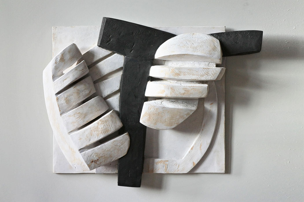 Corpus . Holz Relief . Beate Debus . 2012