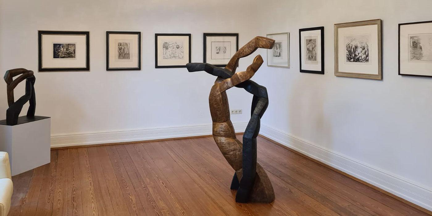 """Ausstellung """"Form und Figur"""" . Beate Debus . Die Galerie Frankfurt/Main 2020"""