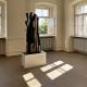 "Ausstellung ""Nivard 1"" . Malerei Skulpturen Installationen . Holzskulptur Beate Debus . Maria Bildhausen 2020"