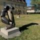 """Ausstellung """"Nivard 1"""" . Malerei Skulpturen Installationen . Bronzeskulptur """"Konzentrischer Tanz"""" Beate Debus . Maria Bildhausen 2020"""