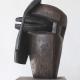 Kopf mit Maske . Bronzeskulptur . Beate Debus . 2012