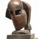 Stiller Kopf . Bronzeskulptur . Beate Debus
